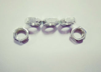 China 8.5mm Thickness Hexagon Thin Nuts M18 X 1.5 Electroplating White Zinc Plating supplier
